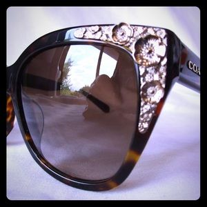 Coach embellished Women's Sunglasses NWT